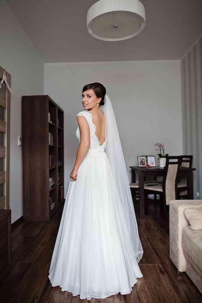 Oryginalna Suknia Vogue She Model Leila Freŝeco Czysto Naturalnie